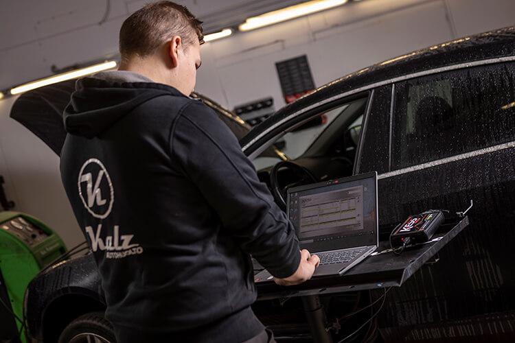 Auton ohjelmointi, chiptuning